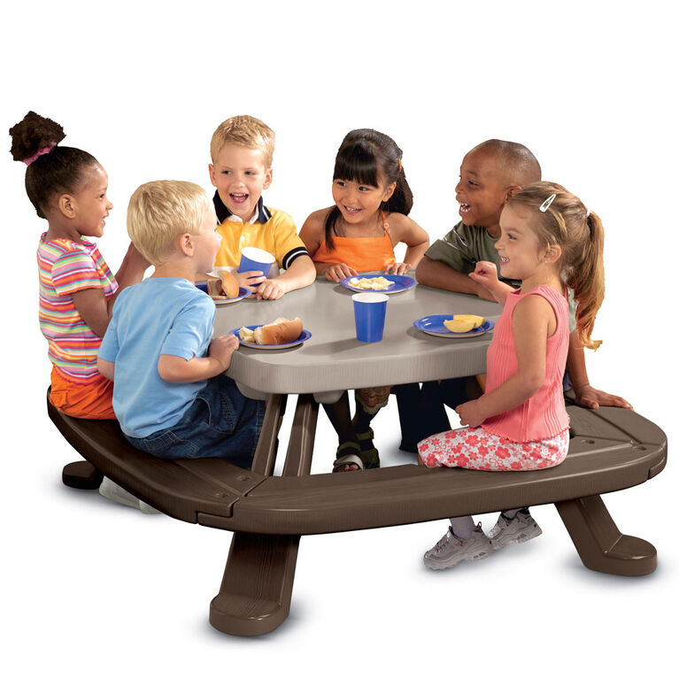 Little Tikes Fold n' Store Picnic Table - R Exclusive
