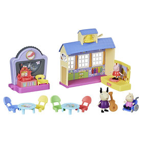 Peppa Pig Peppa's Adventures Peppa's School Playgroup Preschool Toy, with Speech and Sounds