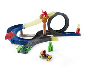 Fisher-Price - Disney Mickey and The Roadster Racers Super Charged Drop, Loop and Race Playset