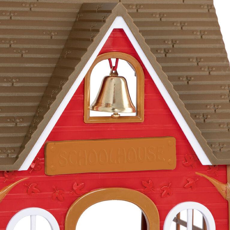 Li'l Woodzeez, Woodland School House Playset with Accessories - styles may vary