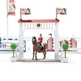 Horse Club - Big Horse Show with Horses