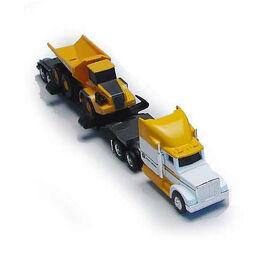 Semi-remorque avec camion à benne.