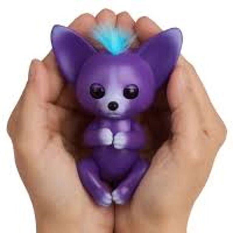 WowWee Fingerlings - Interactive Baby Fox - Sarah (Purple & Blue)