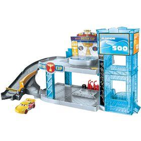 Disney/Pixar Cars Florida 500 Racing Garage Playset