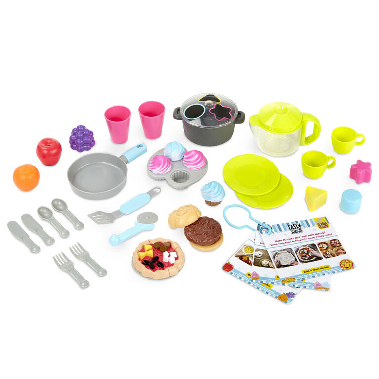 Little Tikes Tasty Jr. Bake 'n Share Kitchen Role Play Kitchen and Activity Set
