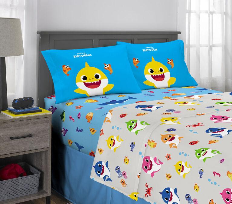 """Baby Shark """"Famille de requins"""" Ensemble de draps pour lit pleine grandeur"""