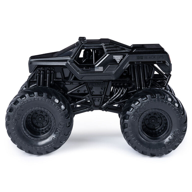 Monster Jam, Official Soldier Fortune vs. Soldier Fortune Black Ops Die-Cast Monster Trucks, 1:64 Scale, 2 Pack