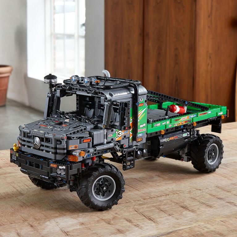 LEGO Technic Le camion d'essai 4x4 Mercedes-Benz Zetros 42129