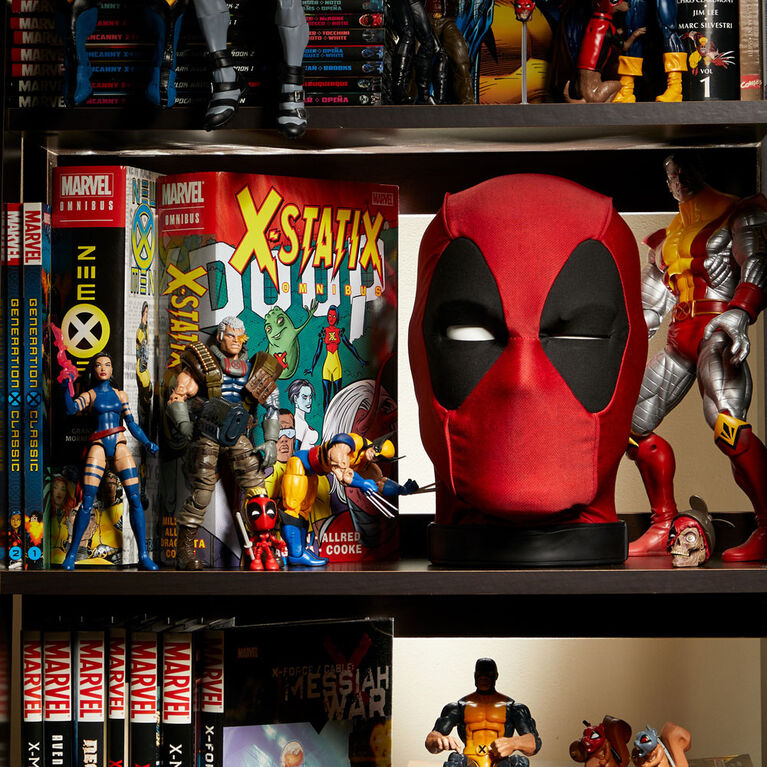 Marvel Legends Deadpool's Head Premium Interactive with 600+ SFX and Phrases