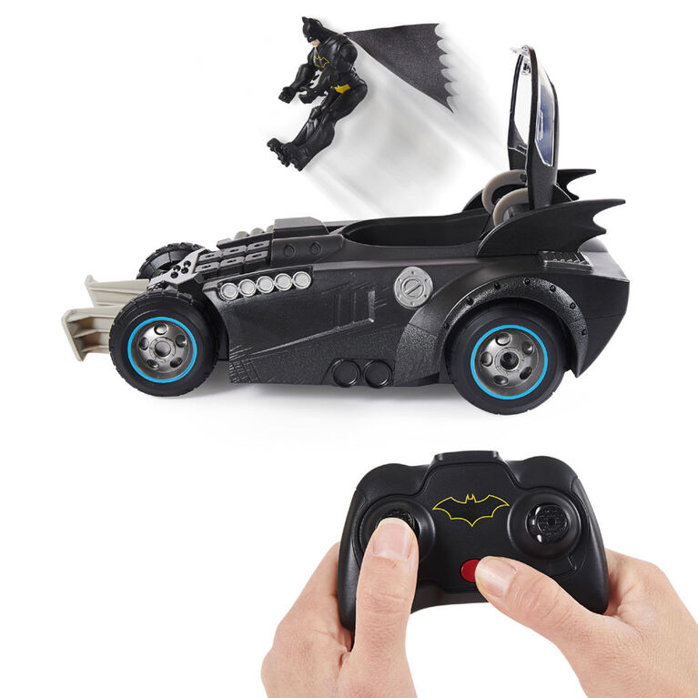 Batman Launch and Defend Batmobile Remote Control Vehicle with Exclusive 4-inch Action Figure