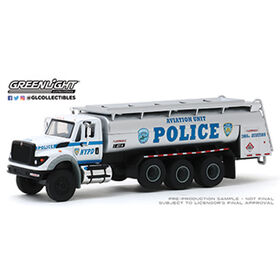 1:64 S.D. Trucks Series 9 - Assortment May Vary - One truck per purchase