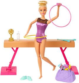 Coffret de jeu Barbie Gymnaste avec poupée, poutre d'équilibre et plus de 15accessoires
