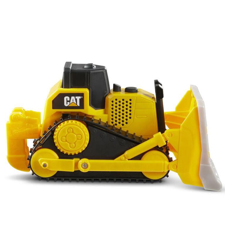 véhicules Tough Machines Chargeuse sur pneus Cat