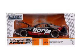 Big Time Muscle 1:24 2010 Ford Mustang GT