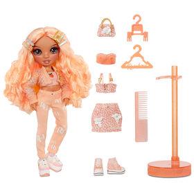 Rainbow High Georgia Bloom - Poupée-mannequin pêche (orange clair) avec 2 tenues à agencer et associer et accessoires de poupée