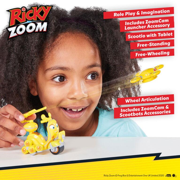Voiture de Course et Action Scootio Whizzbang Ricky Zoom avec un accessoire lanceur d'action deluxe - Figurine 3po- les Roues mobiles, se tient débout, Jouet Moto - Notre exclusivité