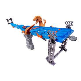 Metal Machines 4-Lane Raptor Attack Track Set by ZURU