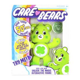 Care Bears Unlock the Magic Interactive Figures - Good Luck Bear - English Edition