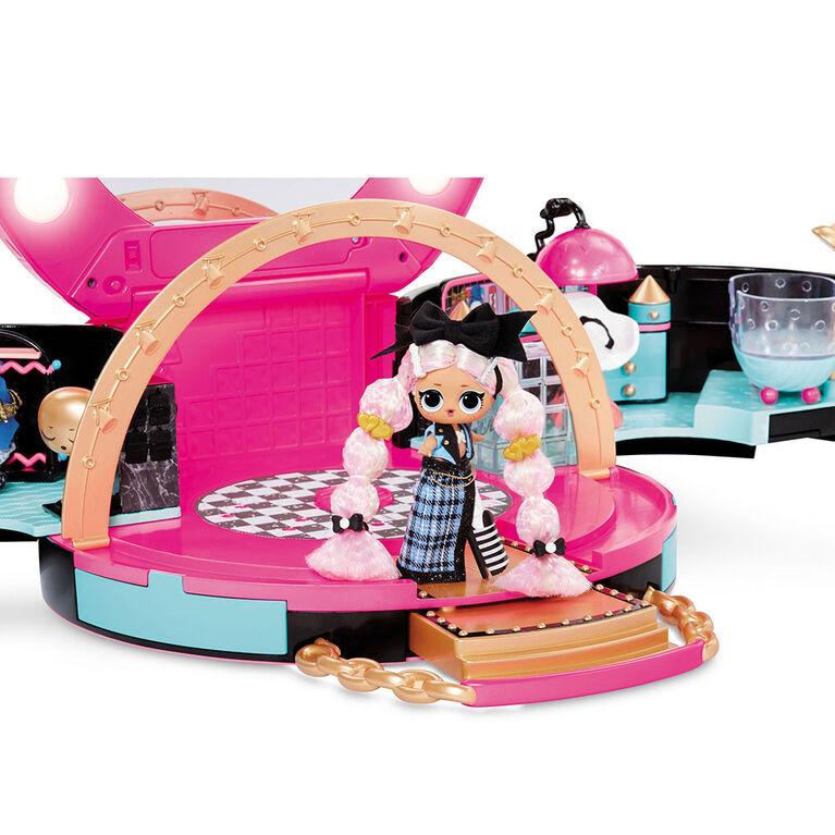 Jeu de salon de coiffure L.O.L. Surprise! avec 50 surprises et une mini poupée-mannequin exclusive