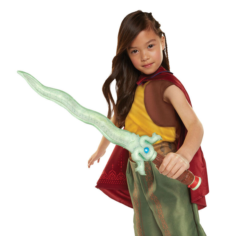 Disney's Raya and the Last Dragon - Feature Dragon Blade