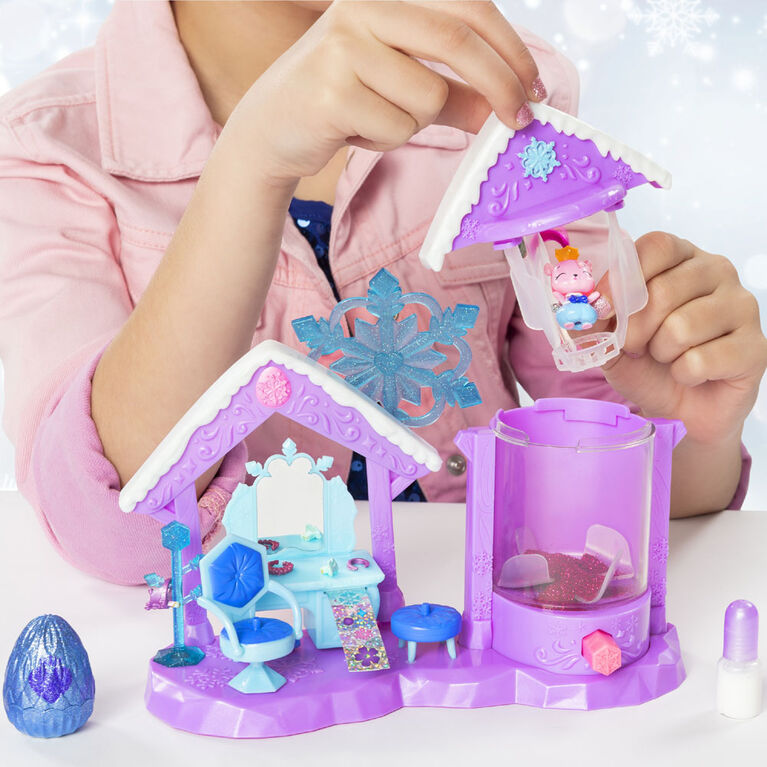 Hatchimals CollEGGtibles, Glitter Salon Playset with 2 Exclusive Hatchimals