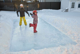 Simple Rink™ 10' x 20' Backyard Skating Rink