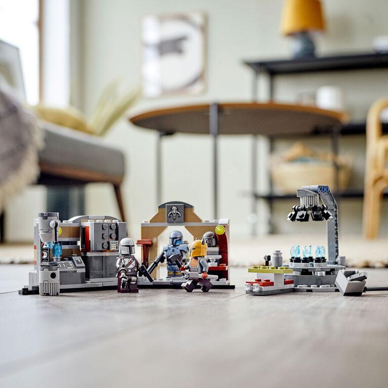 LEGO Star Wars La forge mandalorienne de l'Armurière 75319