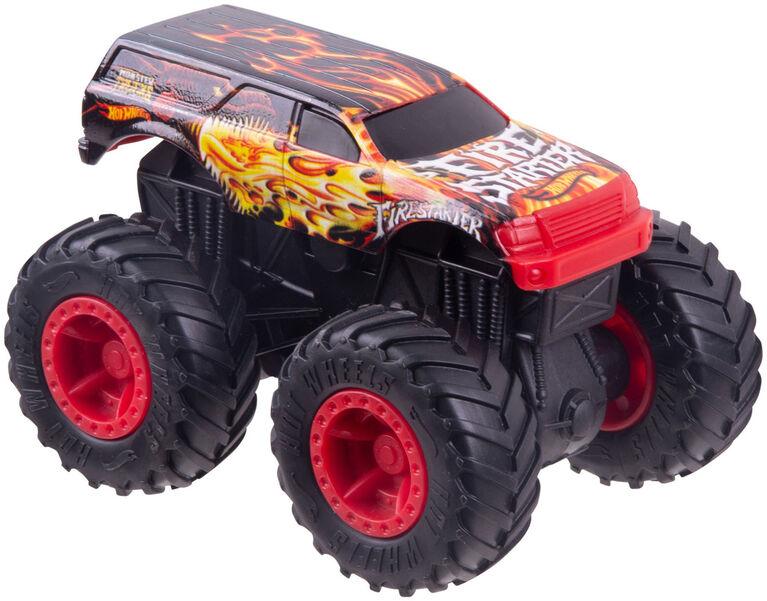 Hot Wheels - Monster Trucks Rev Treds Dueling Doubles Fire Starter VS Dragon Hunter Vehicles