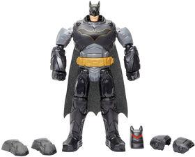 Batman - Missions - Figurine Batman Combinaison destructrice de luxe.