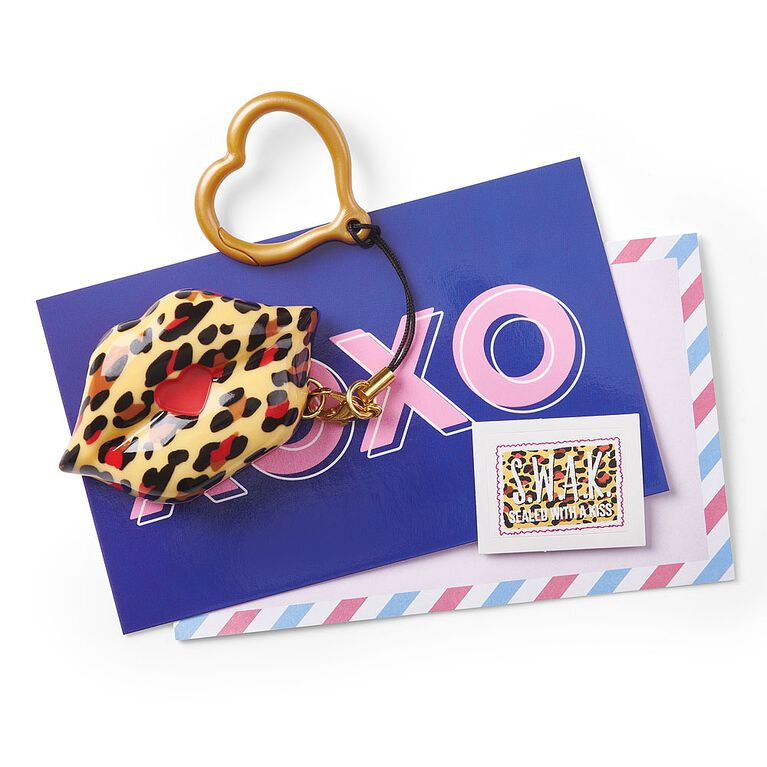 S.W.A.K. - Interactive Kissable Key Chain - The Prrrfect Kiss - By WowWee
