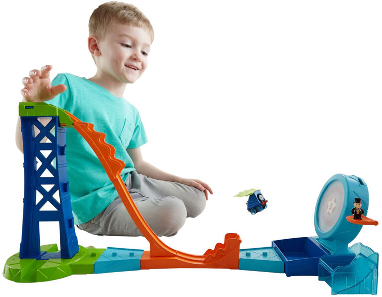 Fisher-Price Thomas & Friends MINIS Target Blast Stunt Set - English Edition