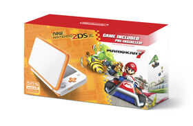 2DS - New Nintendo 2DS XL - Orange + White w/ Mario Kart 7 Pre-installed