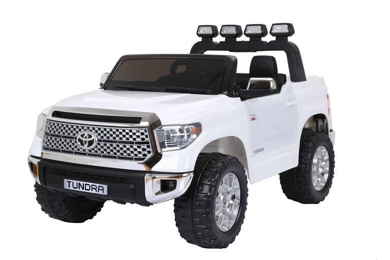 Toyota Tundra 12V White