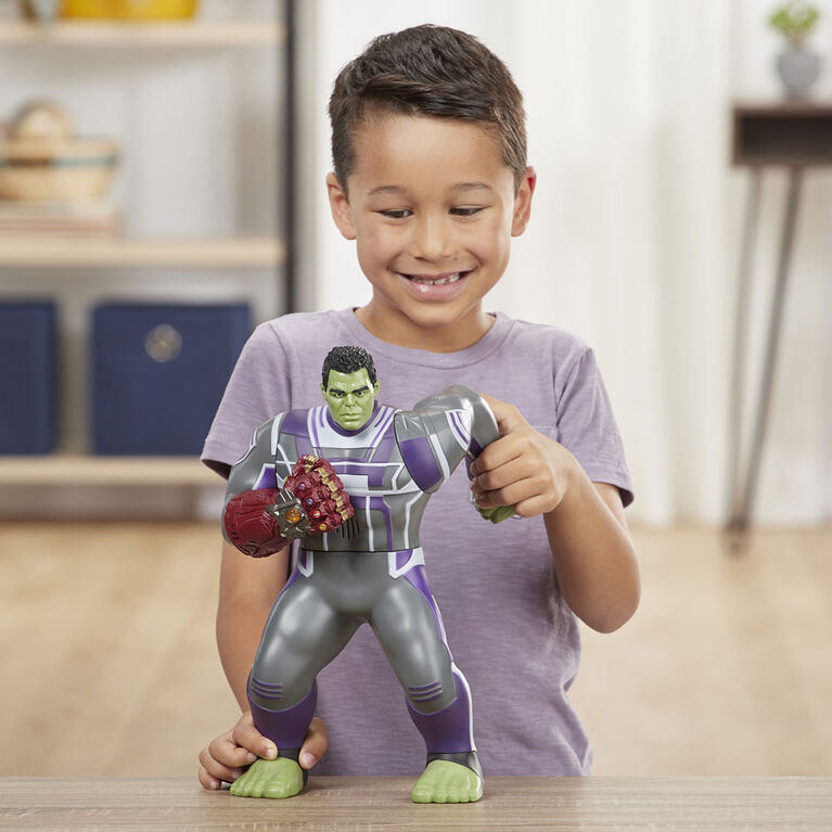 Marvel Avengers: Endgame Power Punch Hulk - English Edition