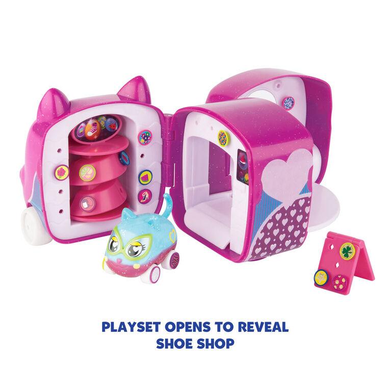 Ritzy RollerzToyCars withSurpriseCharms, Heelz on Wheelz Shoe Shop Playset with Helena Heelz