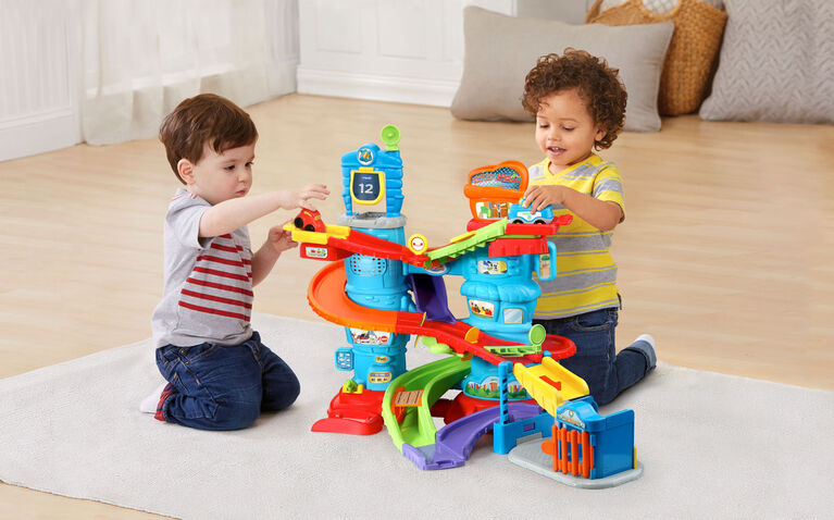 Vtech - Go! Go! Smart Wheels Launch & Chase Police Tower - English Edition