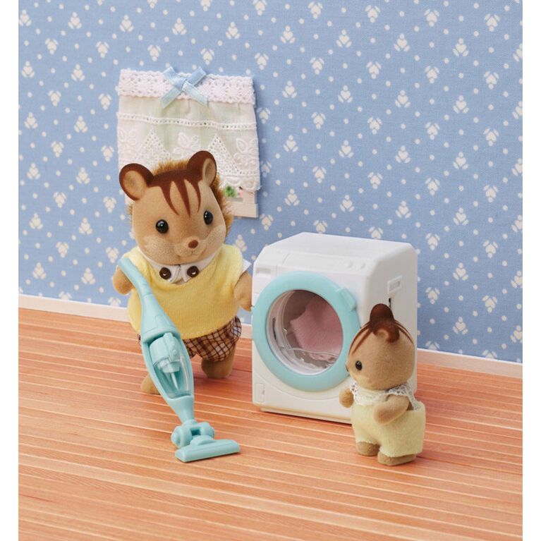 Calico Critters Laundry & Vacuum Cleaner