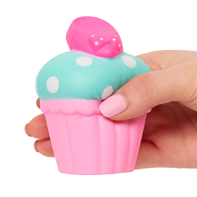 Disney Kawaii Squeezies - Minnie Cupcake