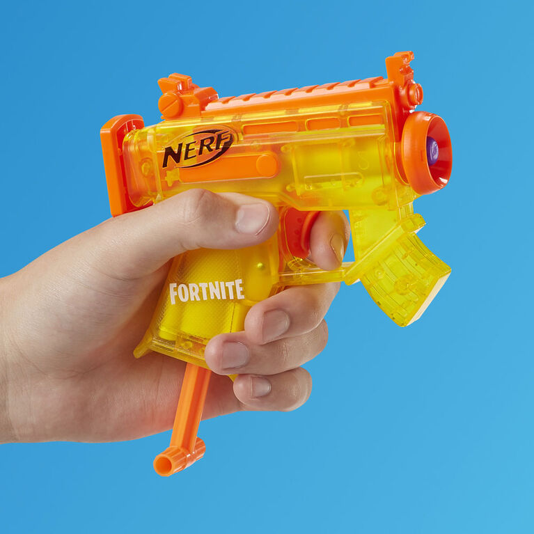 Nerf Fortnite Collection micro tempête de verglas : Inclut 6 blasters et 12 fléchettes Nerf Elite officielles