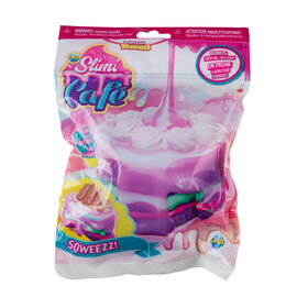 ORB Slimi Cafe Squishy Rosette Layer Cake