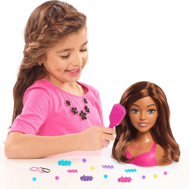 Petite Tête de Coiffure de Barbie.