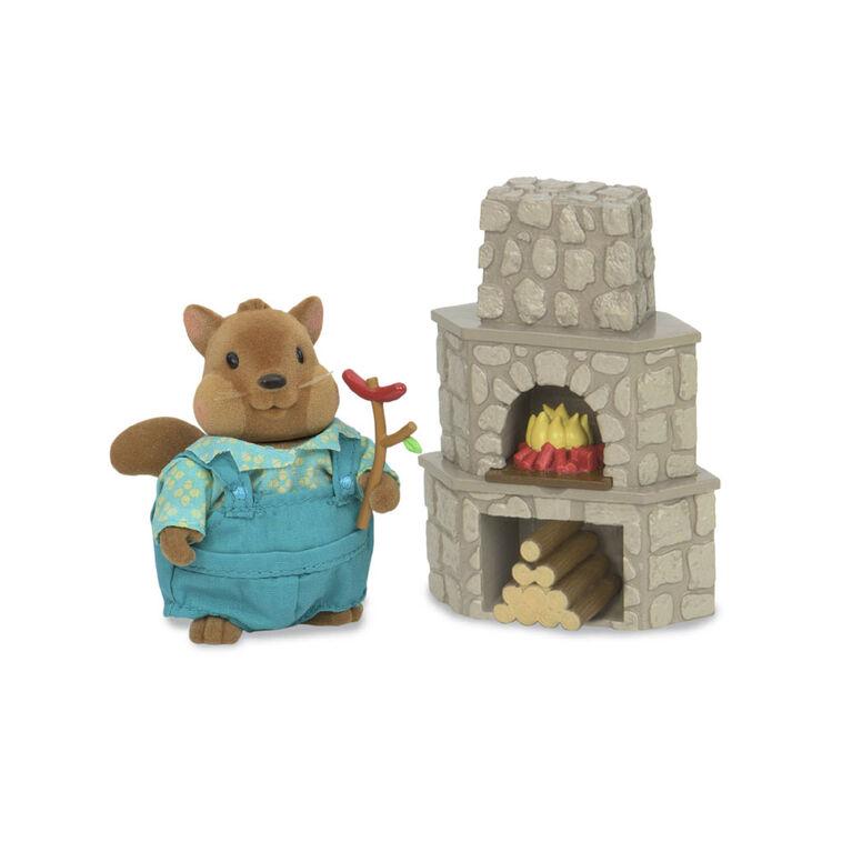 Li'l Woodzeez, Outdoor Patio Set with Fireplace