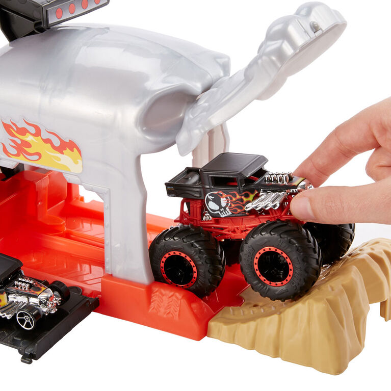 Hot Wheels Monster Trucks Pit and Launch Bone Shaker Playset