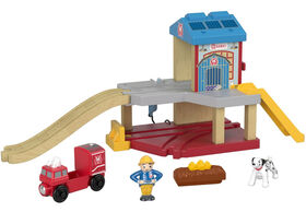 Fisher-Price Thomas & Friends Wood, Ssrc Rescue Firehouse
