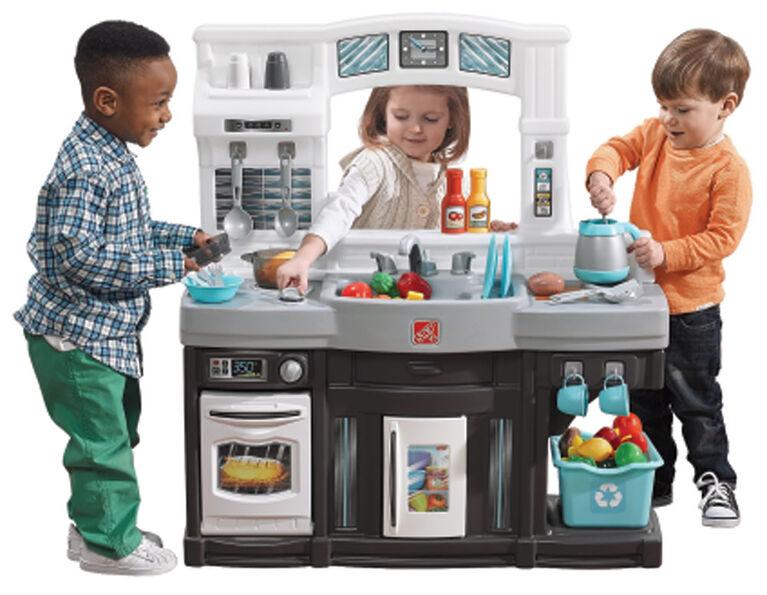 Step2 Modern Cooks Kitchen - Exclusive - R Exclusive