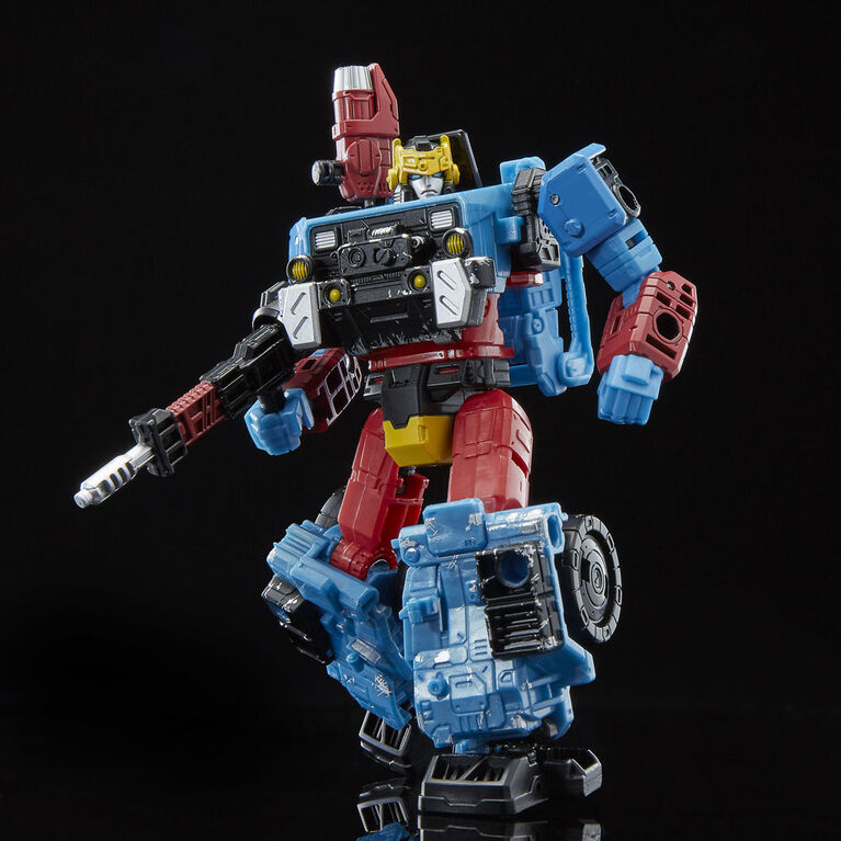 Transformers Generations Selects WFC-GS09 Hot Shot - R Exclusive