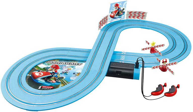 Carrera FIRST - Nintendo Mario Kart Beginner Battery Operated Slot Car Racing Track Set - Mario versus Yoshi