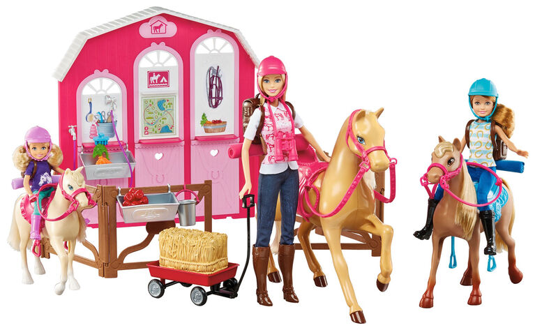 Barbie Pink Passport – Horse and Stable Gift Set - Exclusive - R Exclusive