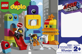 LEGO DUPLO THE LEGO Movie 2 Emmet and Lucy's Visitors from the DUPLO 10895