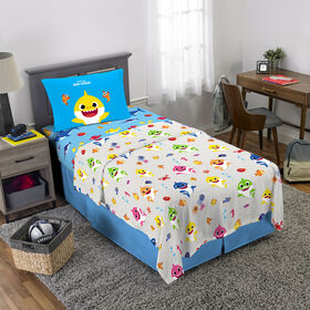 "Baby Shark ""Shark Family"" Twin Sheet Set"